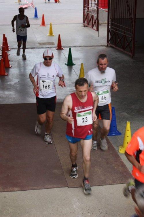 Con Arcadio y Miguel B. Foto cortesía de Locomotoro